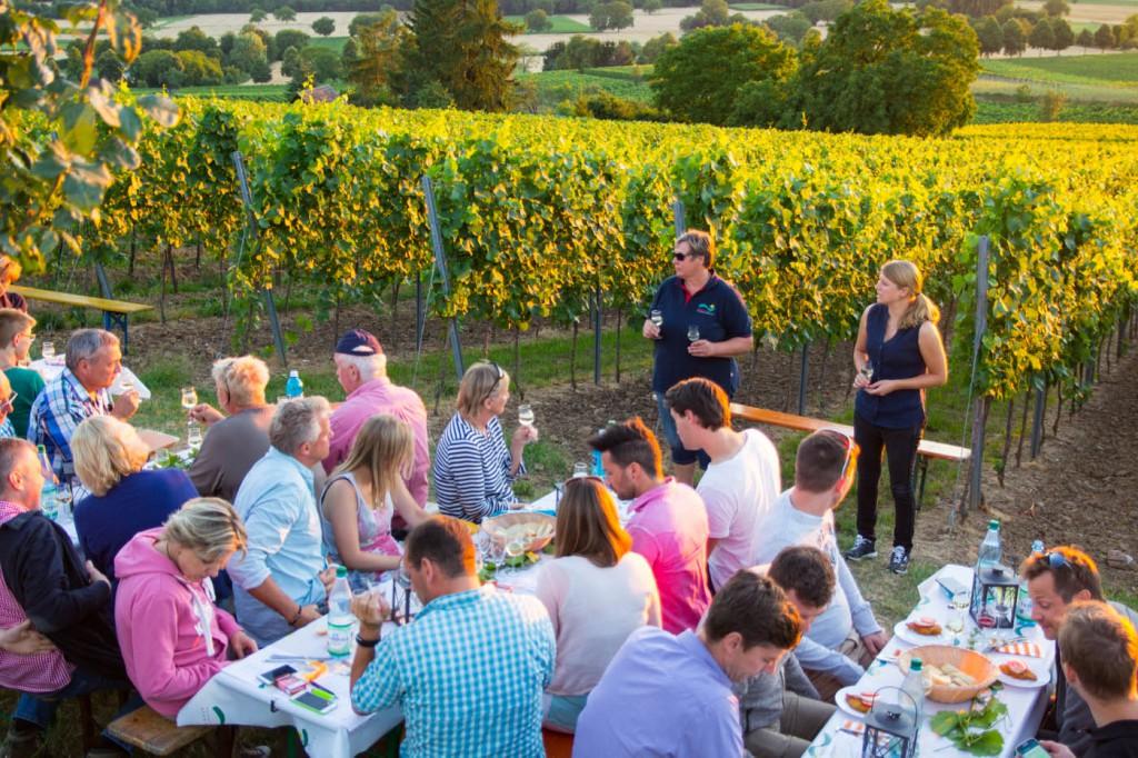 CG Wein Schnitzel und Wein-0105