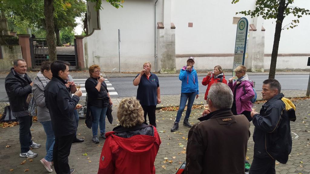 CG-Wein-Weinlagenwanderung-Weinprobe-Bensheim (25)