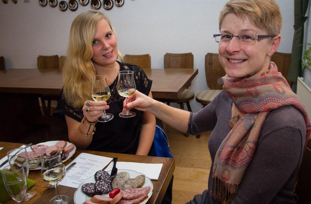 Bei der Weinprobe Wurst und Wein - CG Wein